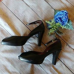 Worthington Genuine Leather Peep Toe Heels